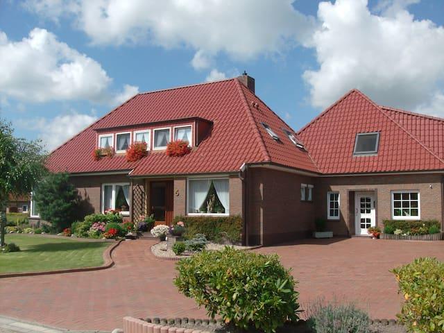 Moderne Fewo an der Nordseeküste - Esens - Appartement