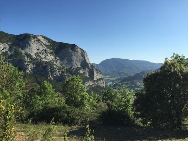 Holiday Apartment in the Pyrenees - Fígols - Appartement