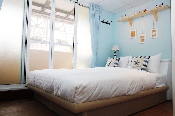 高雄Pang。Ka(燕歸來) 舒適雙人套房 近六合夜市 捷運美麗島站 - 台灣高雄市 - Huoneisto
