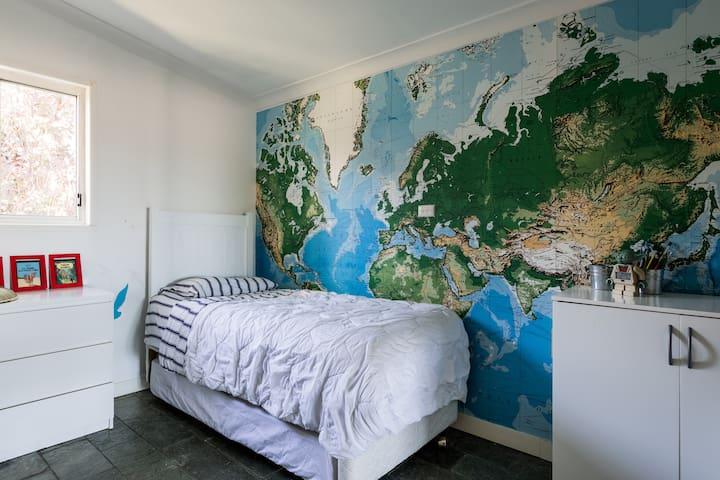 Stylists Gold Coast Home - Currumbin Waters - Haus
