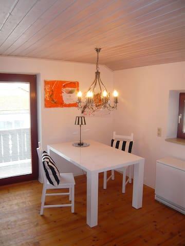 Helle Wohnung in ruhiger Lage - Wolfratshausen - Rumah