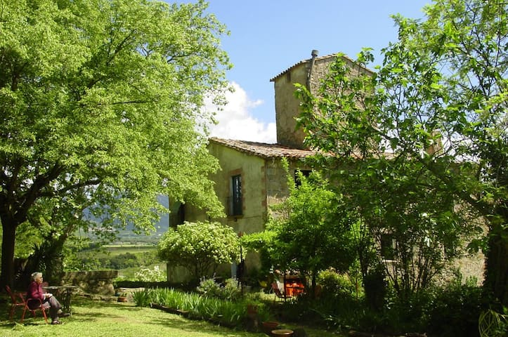 cottage in the pre-Pyrenees, girona - Sant Jaume de Llierca - Bed & Breakfast