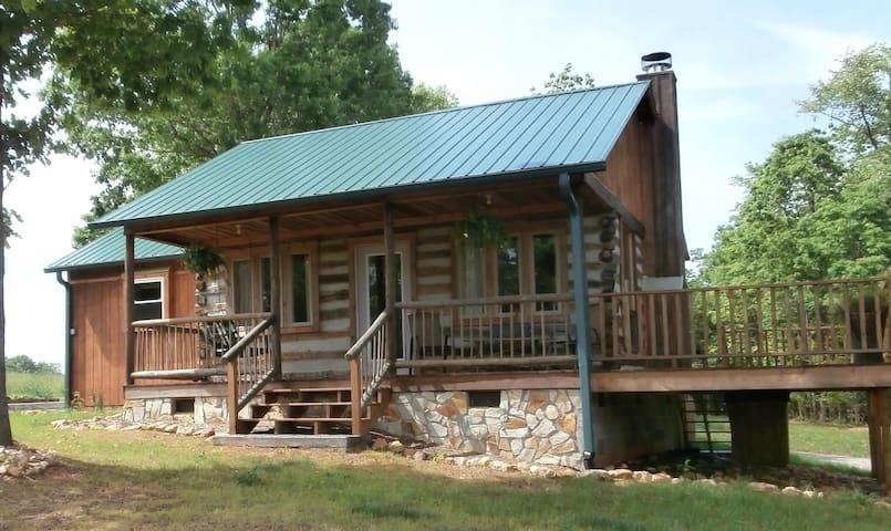 Private Handmade Log Cabin - Pilot Mountain - House