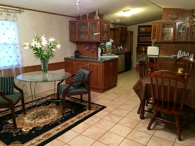 Tranquil B&B min from Bay and beach - Pace - Bed & Breakfast