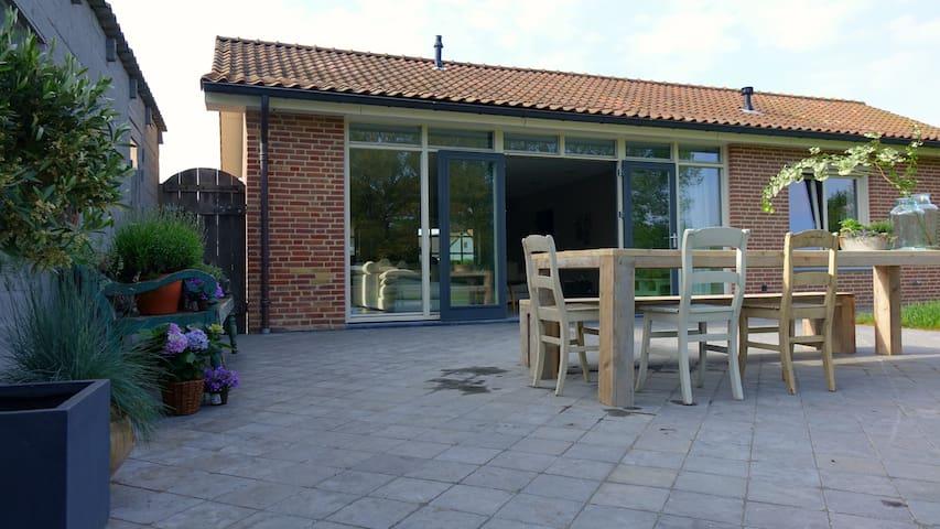 Vrijstaande bungalow aan het bos - Heerlen - Rumah