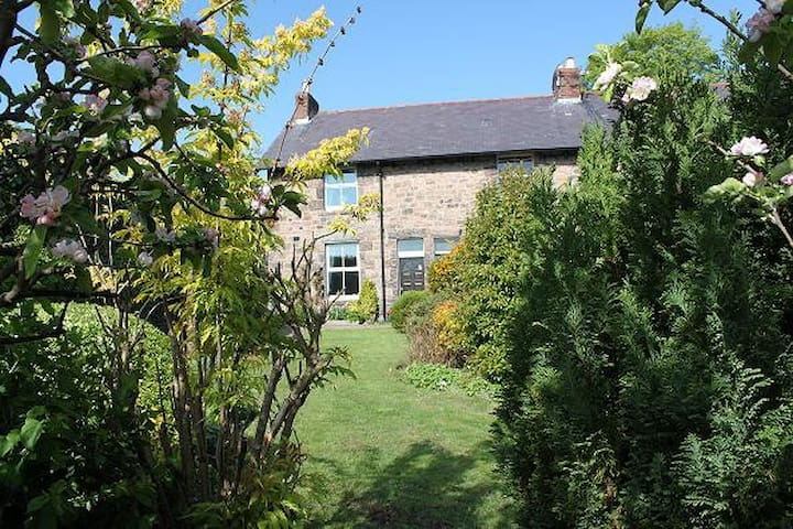 Charming Stone cottage - Wooler