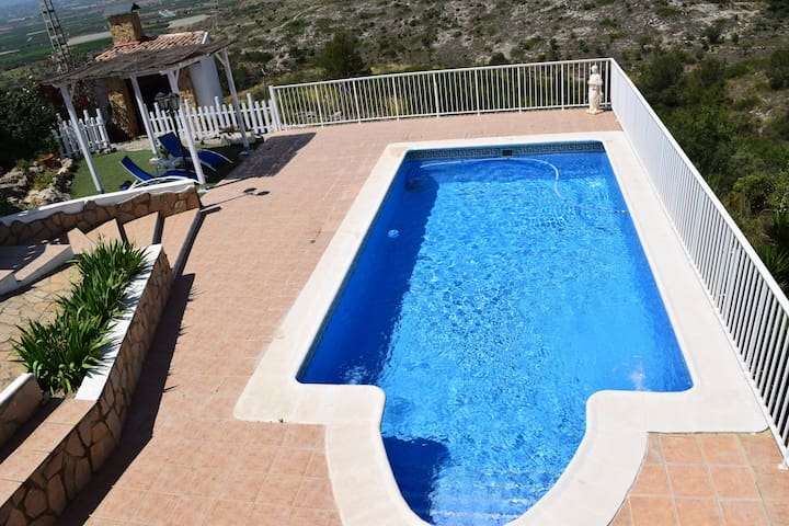 "Wonderful Villa ""Monte Bello"" - Alginet"