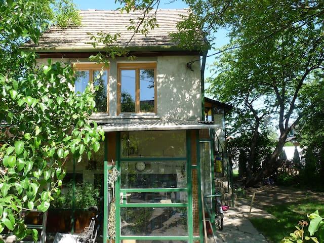 Menta's house Székesfehérvár - Székesfehérvár - Rumah