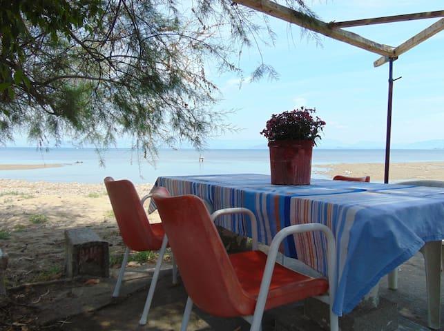 Seaside quiet, secluded family studio for 2-4p - Perivoli - Apartament