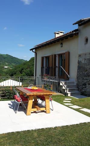 Rural house with fantastic view - Cerro Veronese