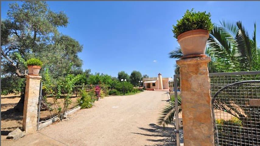 COZY COTTAGE IN GALLIPOLI, SALENTO - Galípoli - Villa