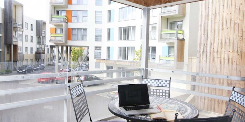 Kaleidoscope – 1 bedroom apartment with balcony - Cambridge - Apartemen
