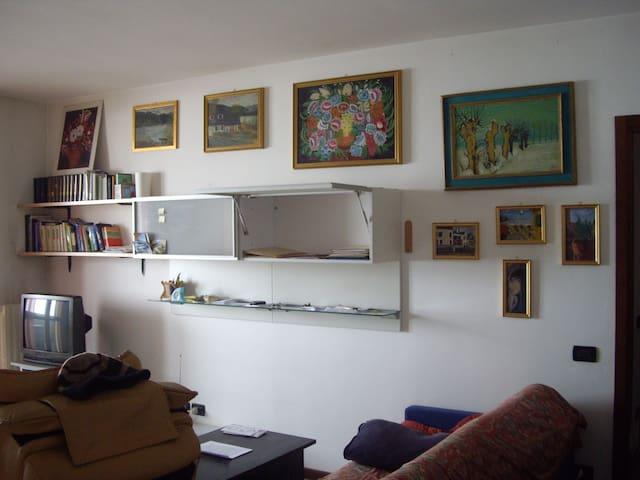 camera ammobiliata - Zelo Buon Persico - Leilighet