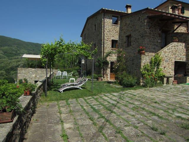 ULIVETO on hills: visit all Tuscany - Pistoia - Lägenhet