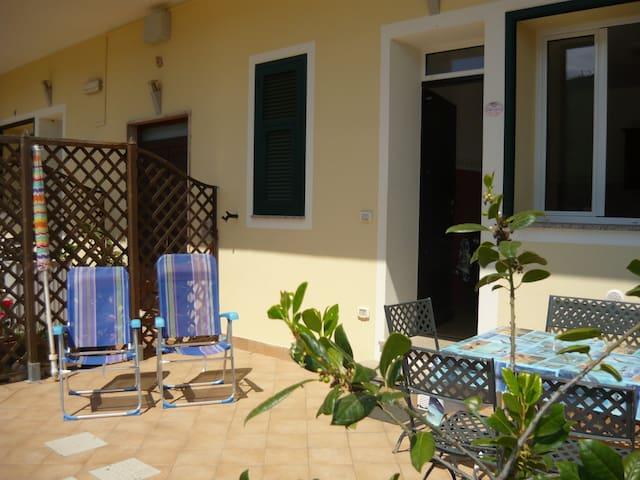 Le Collinette a 6 km da Alassio - Villanova D'Albenga - Appartement