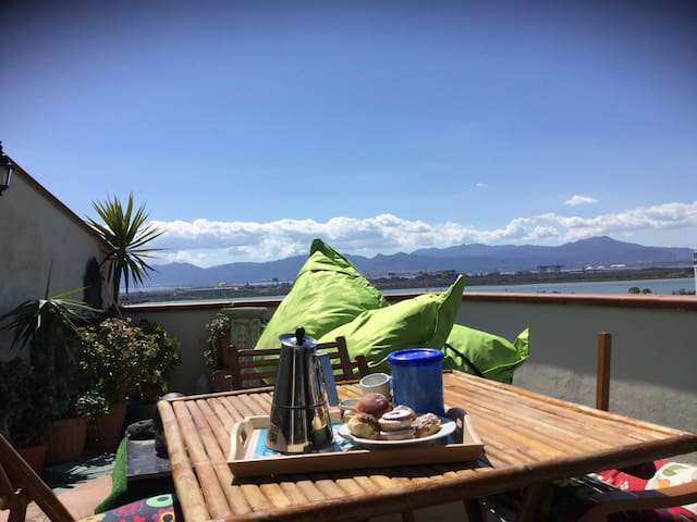 Studio apartment terrace on the Gulf of Angels - Cagliari