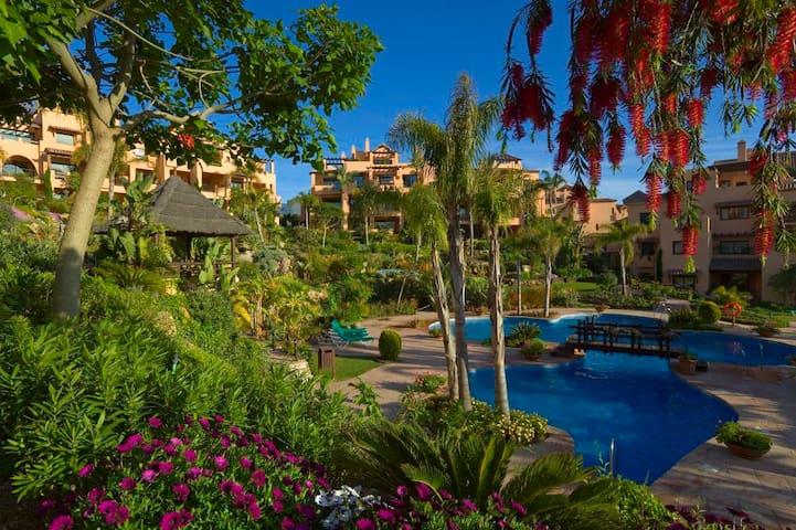 Luxury apartment near Puerto Banus  - Málaga - Apartemen