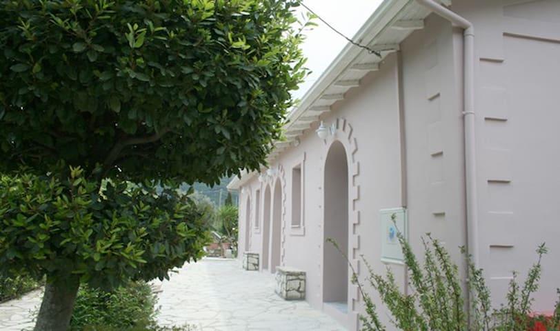 Stavlos Cottage 1 - Vasiliki - Condomínio