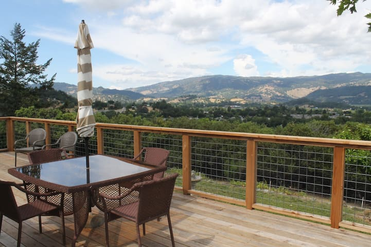 Ranch House Peaceful Getaway with Amazing Views - Cloverdale