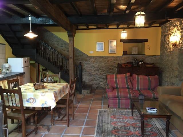 ESPECTACULAR CASA EN CABRANES - Torazo / castiello  - House