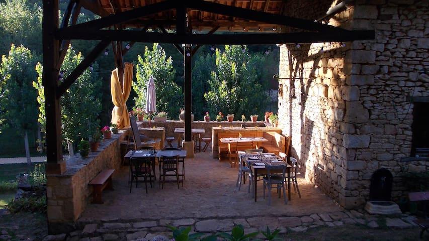 Maison en Périgord : La Bessoulière - Besse - Huis