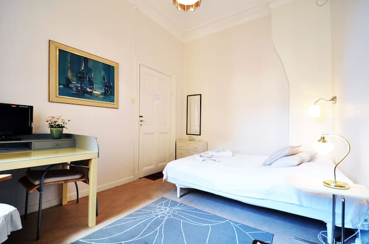 Nice central city flat for 1-2 pers - Stockholm - Leilighet