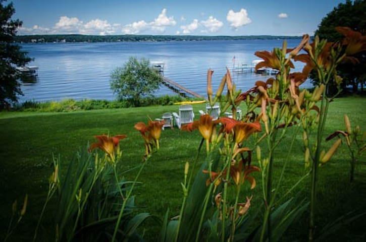 Beautiful Lake Chautauqua Cottage - Bemus Point - Casa
