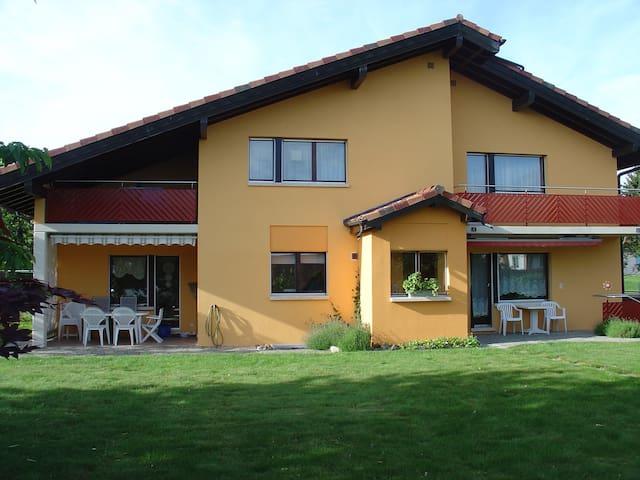 Chambre dans Villa individuelle - Goumoens-la-Ville - Huis