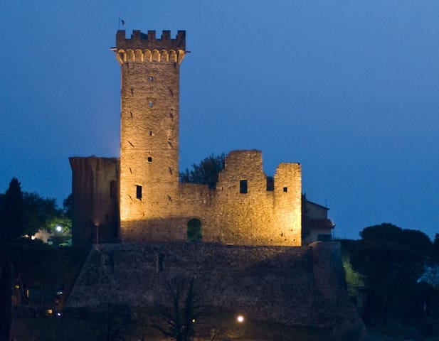 Living in a medieval village - Castelnuovo Magra