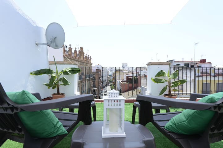 Penthouse Studio by the Cathedral - Sevilla - Lejlighed
