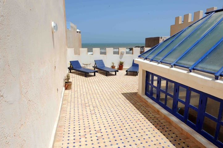 Riad Blue Moon - Face à l'océan - Essaouira - Huis