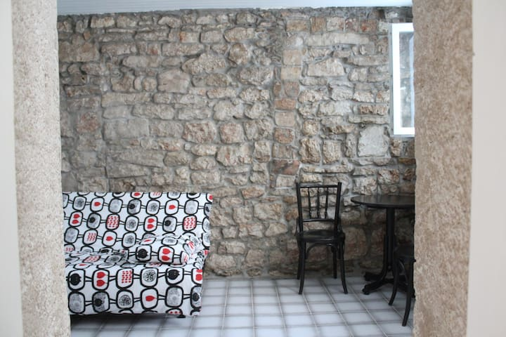 Summer House - Private room (Rustic) - Betina - Hus