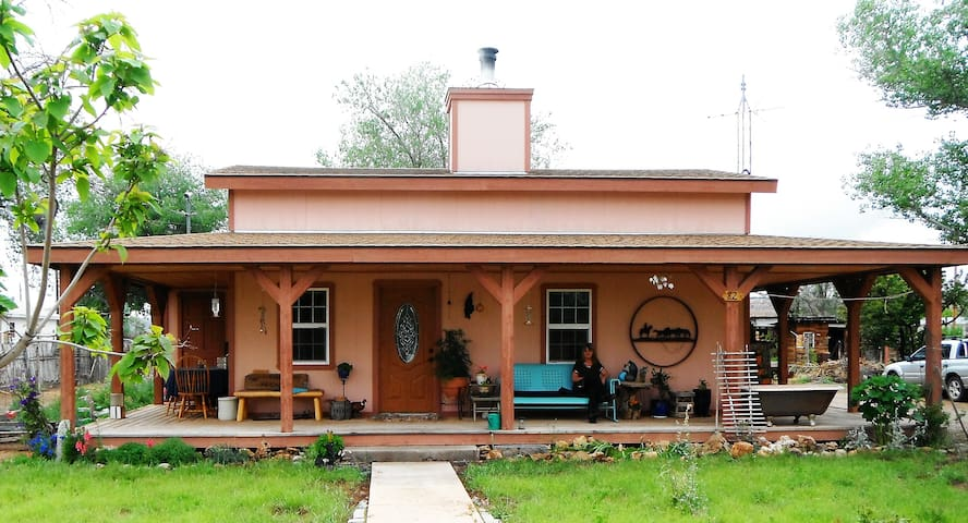 Bunk House - Fredonia - Dom