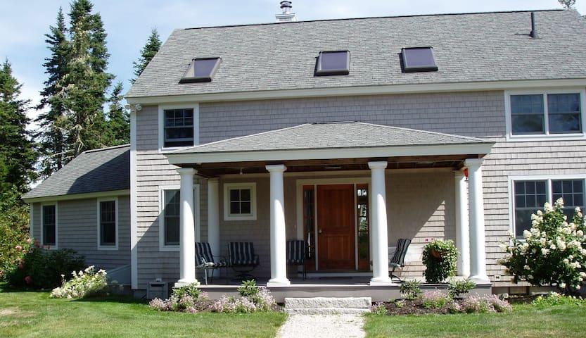 Waterfront Home on Flanders Bay - Sullivan