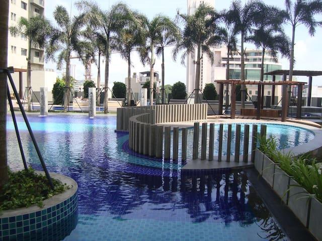 2 BR CITY CNTR LUXURY AC APRTMNT 1 - Colombo - Lägenhet