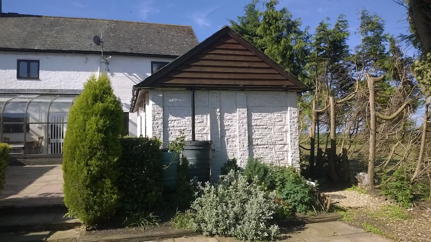 Hideaway cottage annexe - warboys - Bungalow
