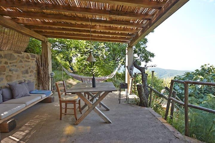 La Quercia - a natural retreat with endless views - Vetulonia - Cabaña