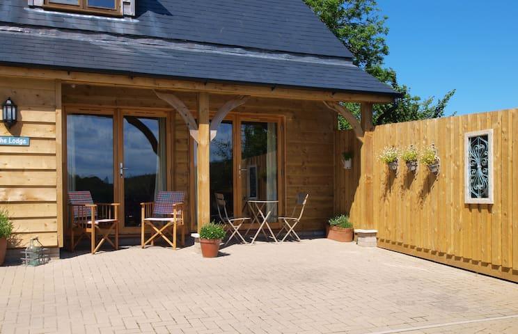 The Lodge a luxury woodland retreat - Braunton - Cabane