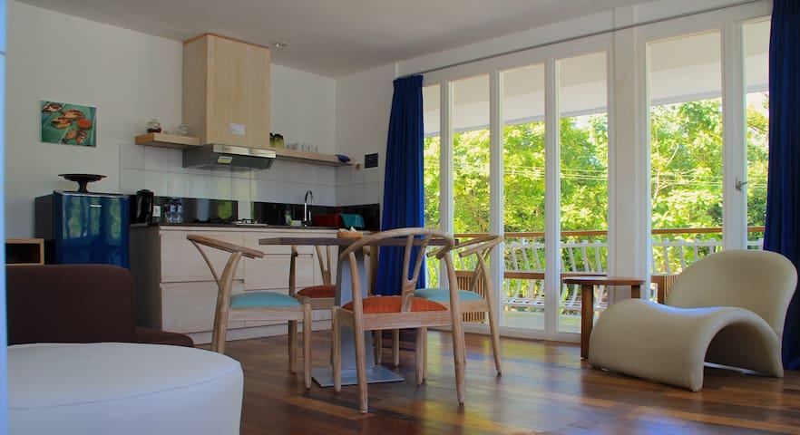 Alurnatura Apartment 3 - East - South Kuta
