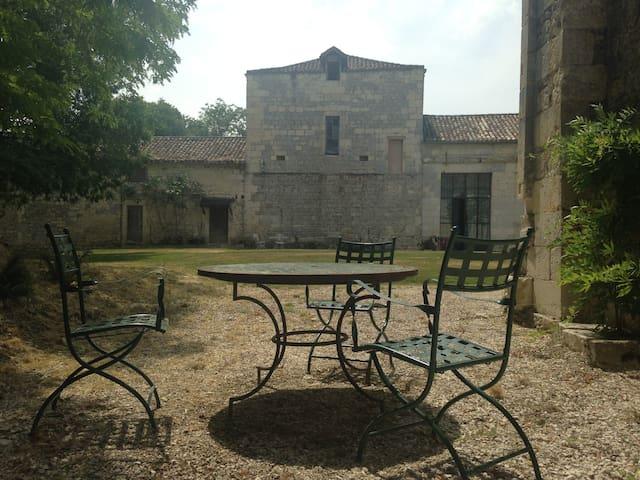 Chateau de Mondenard - Cazes-Mondenard - Daire