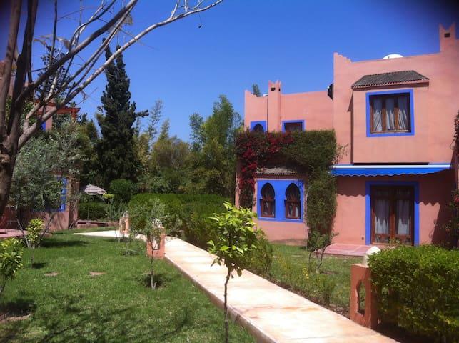 APPARTEMENT AVEC JARDIN PRIVATIF - Marrakech