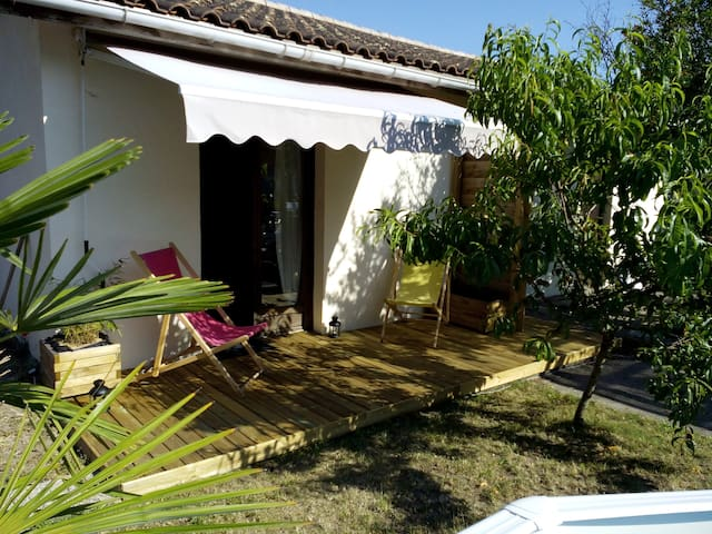 Studio indépendant dans jardin - Le Taillan-Médoc