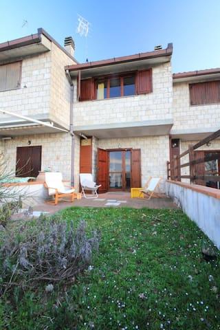 Lovely holiday house in Tuscany - Sarteano (SI) - Casa
