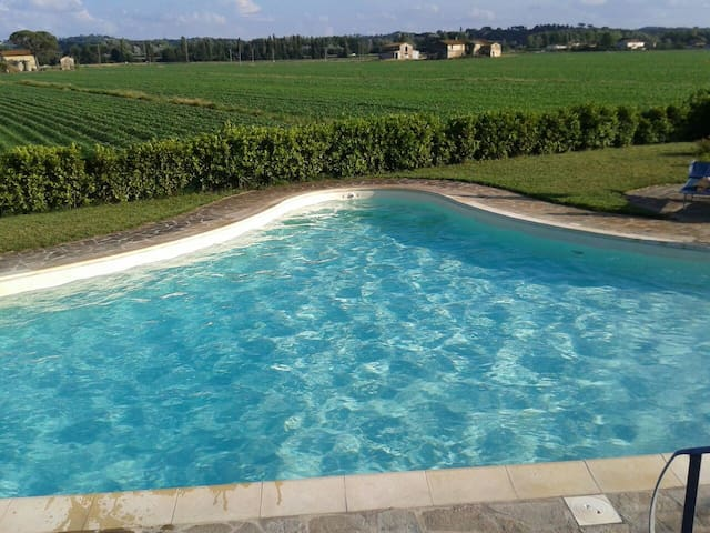 Villa  with pool near Pisa Florence - Montopoli in Val D'arno - Rumah