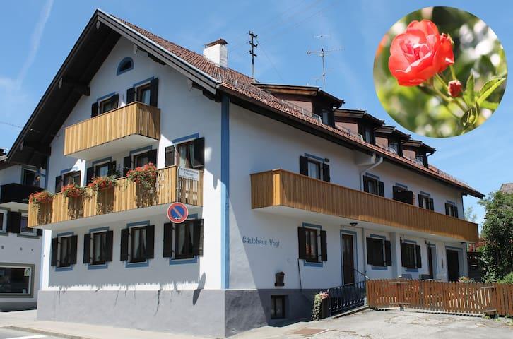 """Apartment """"Rose"""" 2 rooms - Bad Kohlgrub - Appartement"""