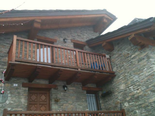Grazioso appartamento a Saint Denis - Saint-denis - Casa