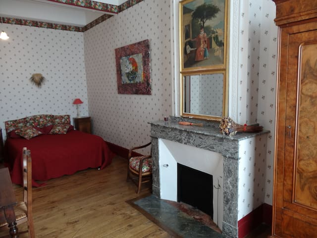 La Garlande chambre Bacchus - Saint-Clar - Pousada