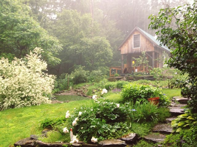 Mountainside Retreat Solheim Cabin - ノリッジ - キャビン