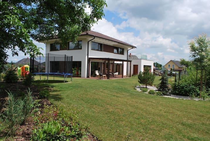 New modern house near Prague - Šestajovice