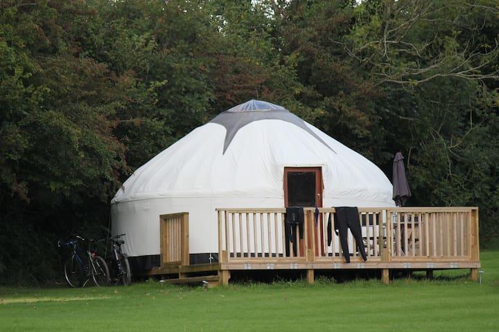 Luxury Cornish Yurts with Hot Tub - Merrymeet - Yurt
